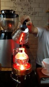 Siphon brewing