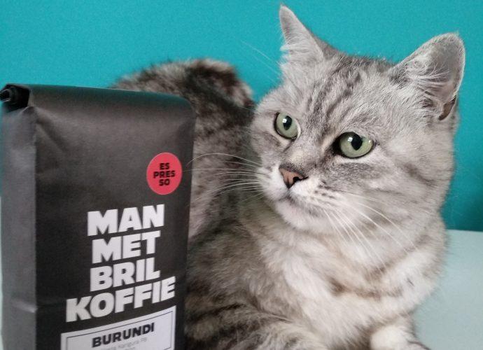 Man Met Bril Koffie Burundi