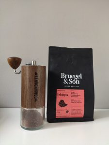 Bruegel and Son Layyoo Natural Comandante grinder