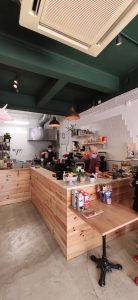 Milkees Specialty Coffee and Cookies interior