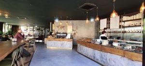 Simpli coffee and bakery interior
